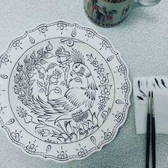 "Betül Aydoğdu (베튤) (بتول) on Instagram: ""🎨 ~ (^ з ^) - m #mywork #handmade #draw #tile #turkish #islamic #art #china #ceramic #brush #painting # çizim # çini #fineart # Design # image… ""  ~ (^ з ^) – ♡ #my work #hand made #to draw #Tile #Turkish   #CeramicArtTiles"