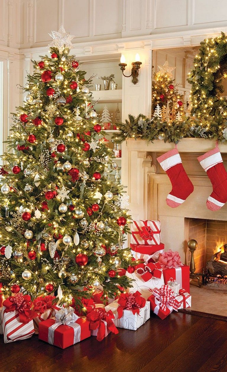 53 Popular Christmas Decoration Ideas Living Room Traditional Christmas Tree Red Christmas Decor Red And Gold Christmas Tree