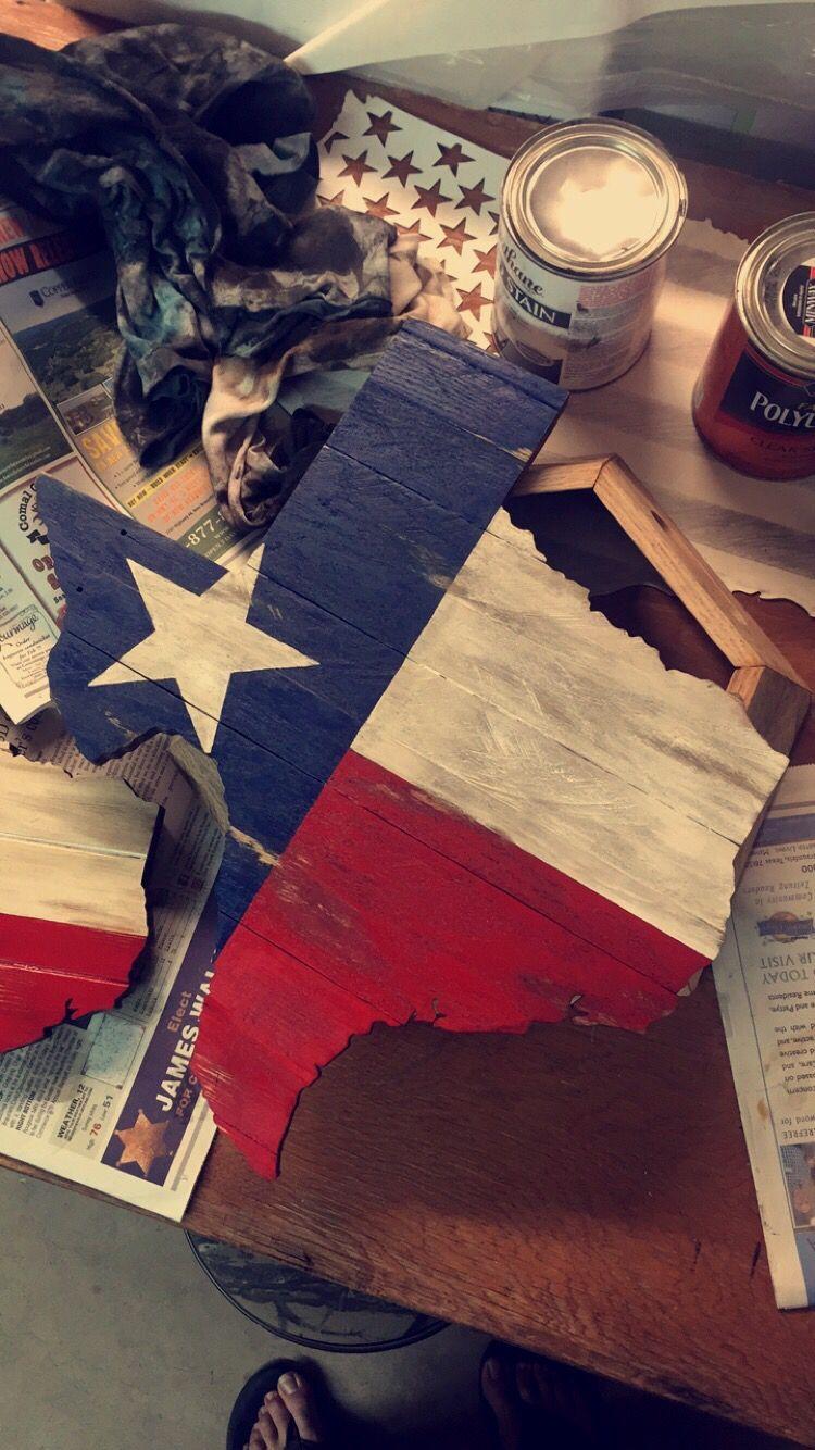 Reclaimed pallet wood Texas w/ rustic flag design. | Man cave ...