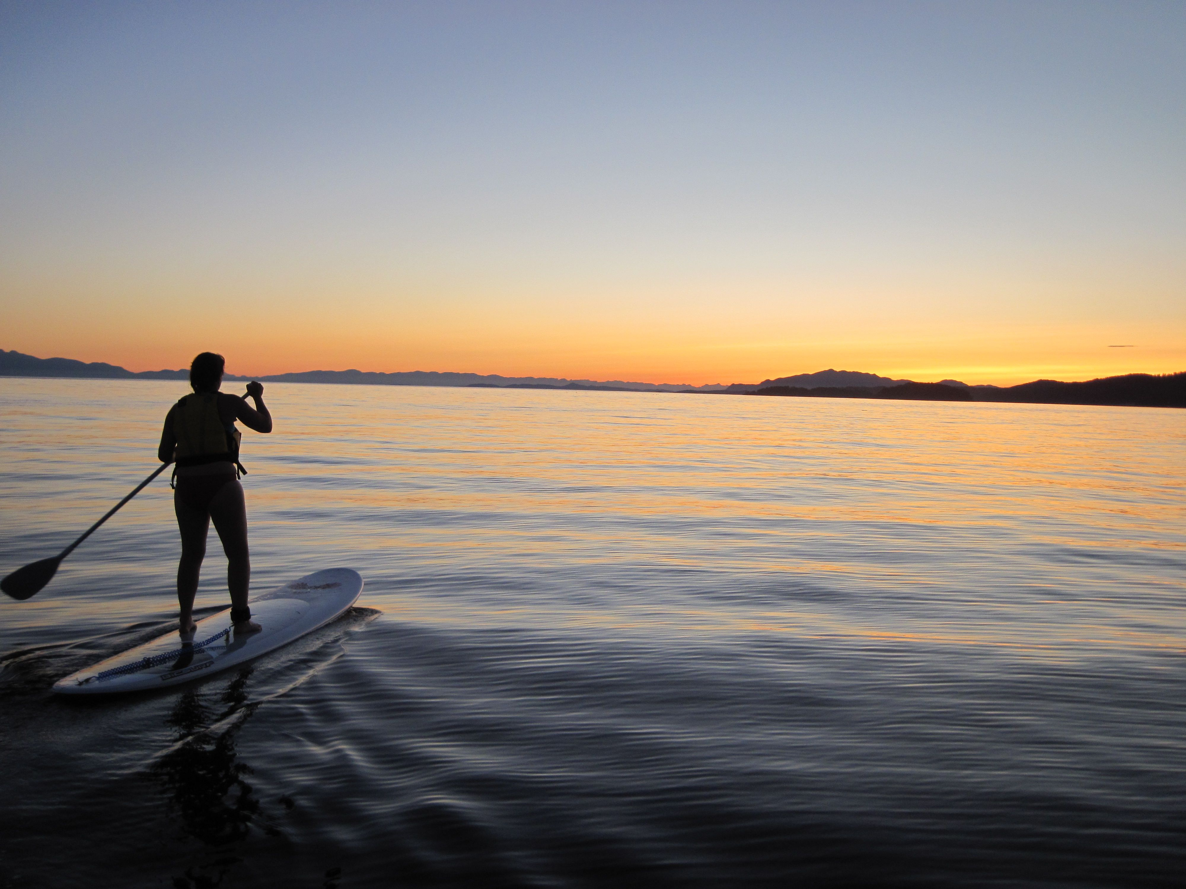 Sunset Beach Stand up Paddle Boarding