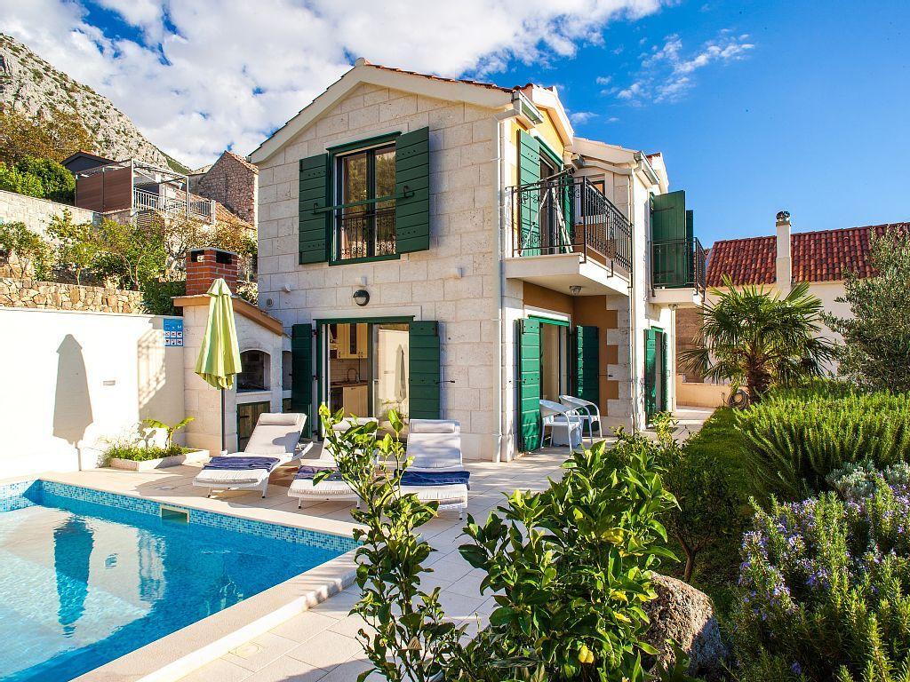 Luxus schlafzimmer mit meerblick  Luxus Villa mit Pool Makarska an der Makarska: 2 Schlafzimmer, für ...