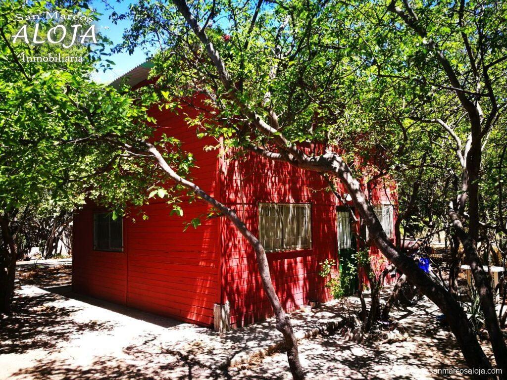 Inmobiliaria Aloja Vende Terreno De 660 M Con 3 Cabañas Y Galpón En La Costanera Del Río De San Marcos Sierras Aloja Inmob Casas En Venta Cabañas Galpones