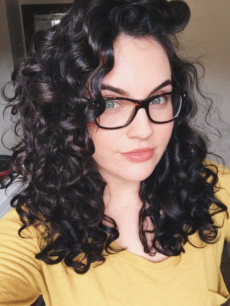 Transform your curls with this easy and inexpensive curly hair