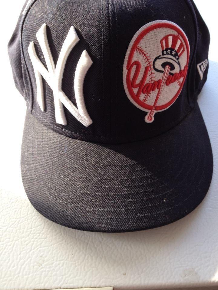 b50a0e52c NEW YORK YANKEES Fitted Cap NWT Size 8 New Era 59-FIFTY Genuine Merchandise
