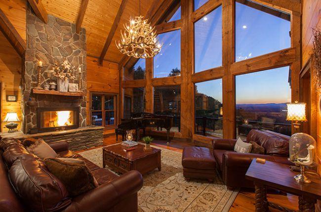 Royal Mountain Lodge | Cabin Rentals of Georgia - Cozy