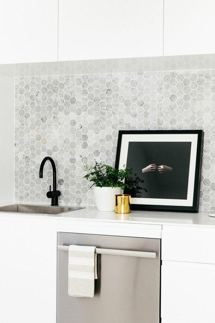 wandgestaltung küche geometrische wandfliesen pflanze weiße - küchen wandfliesen ikea