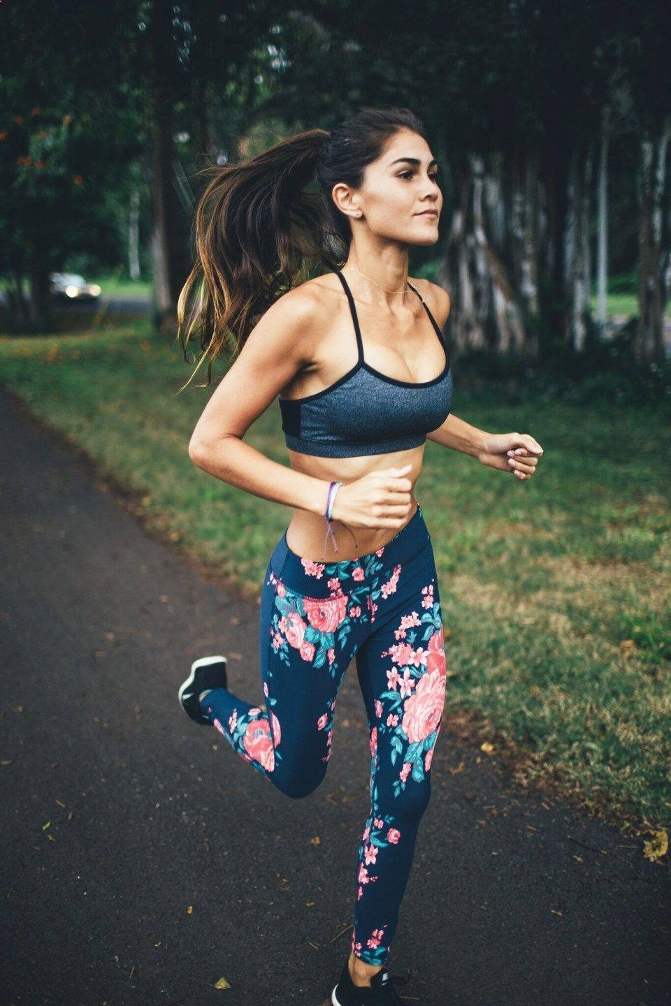 Fille Fitness Photo jeune fille qui court | workout | pinterest | workout, yoga and fitness