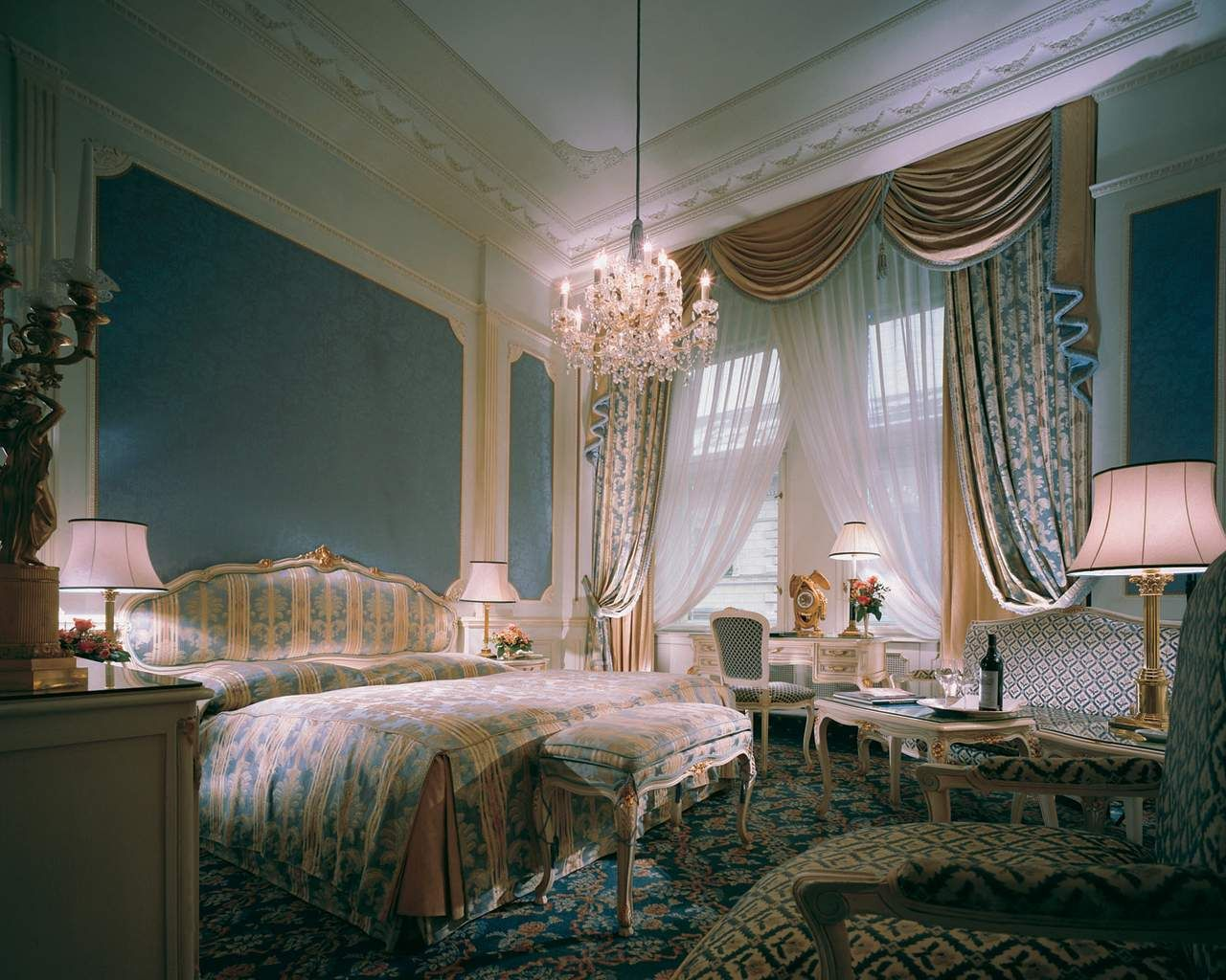 Best Royal Bedroom Google Search Royal Bedroom Refrences 640 x 480