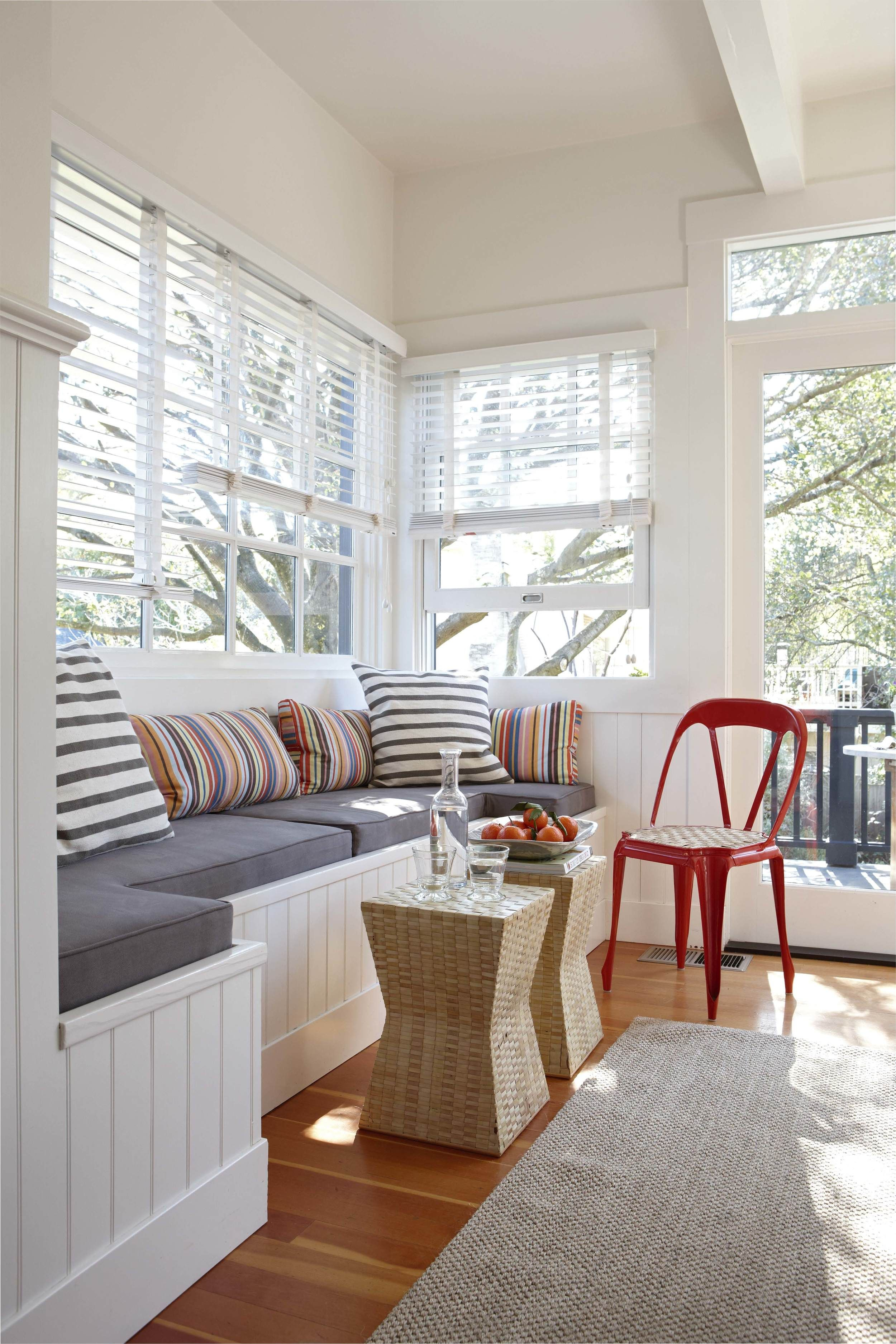 pin by katherine leenhouts on homes small living room furniture rh pinterest com