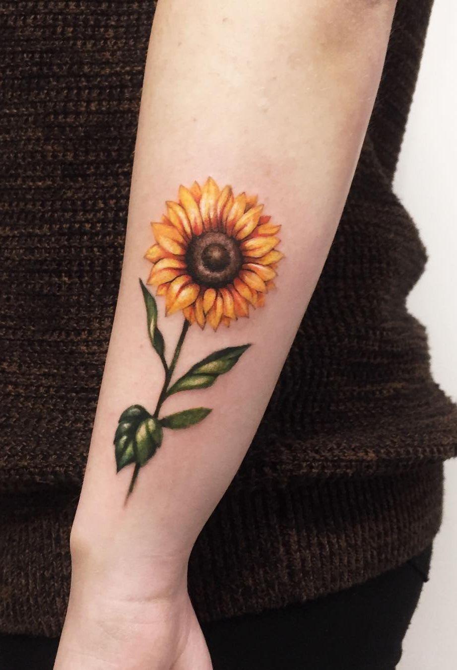 Pin by Tiahna Austin on Tattoos in 2020 Sunflower tattoo
