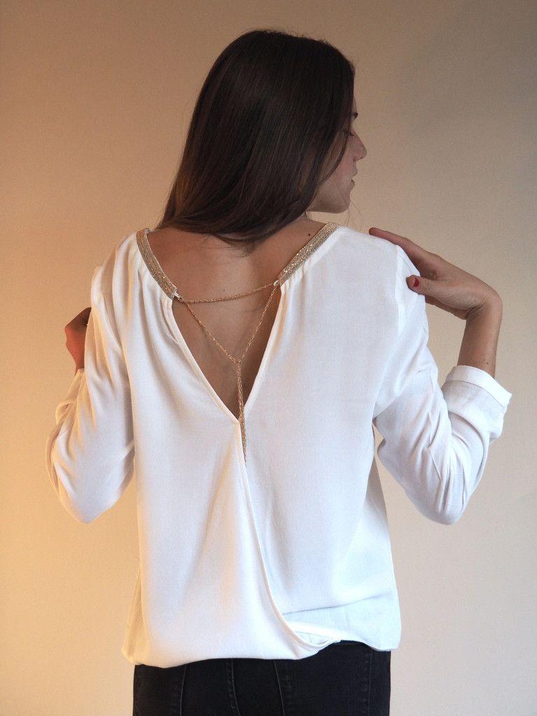 blouse blanche raffin e d collet dos plus que 3 chemise. Black Bedroom Furniture Sets. Home Design Ideas