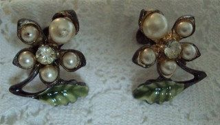 Vintage Estate 1960 Costume Jewelry Enamel Rhinestone Pearl Earrings. $10.50, via Etsy.
