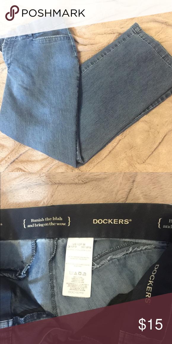 Medium Wash Dockers Jeans These medium wash docker jeans are