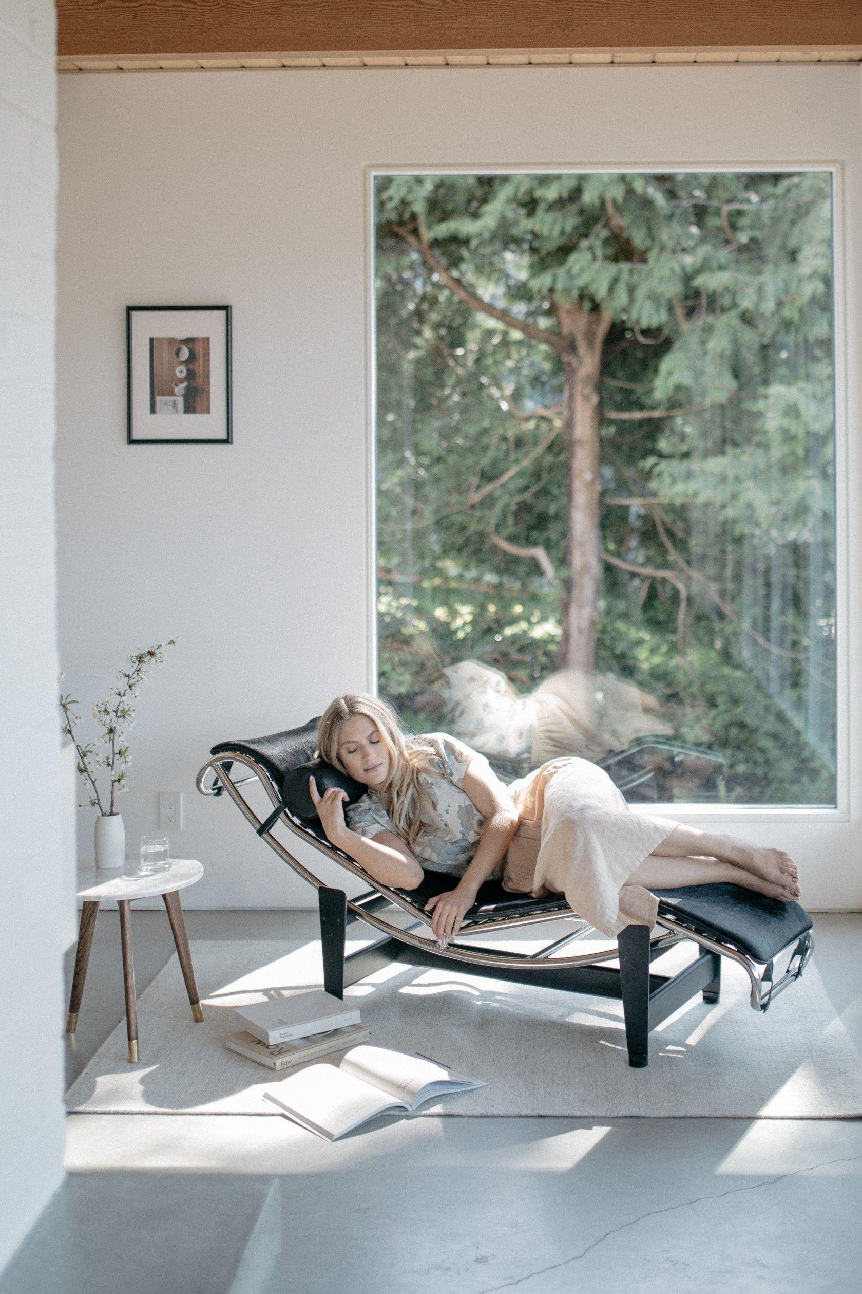 Le Corbusier Lc4 Chaise Longue In 2020 Corbusier Furniture Lc4 Chaise Lounge Corbusier Chair