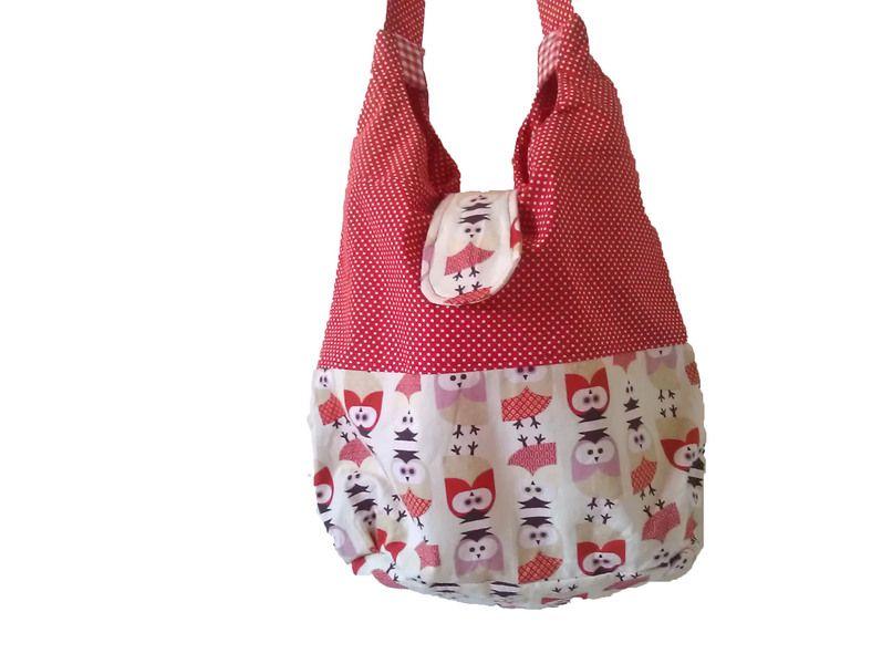 Ein toller Eulenstoff in Verbindung mit rot-weiß gepunktetem Baumwollstoff ergibt.....  eine ALLESDRIN Tasche, die dich auf deinen Shoppingtouren, ins