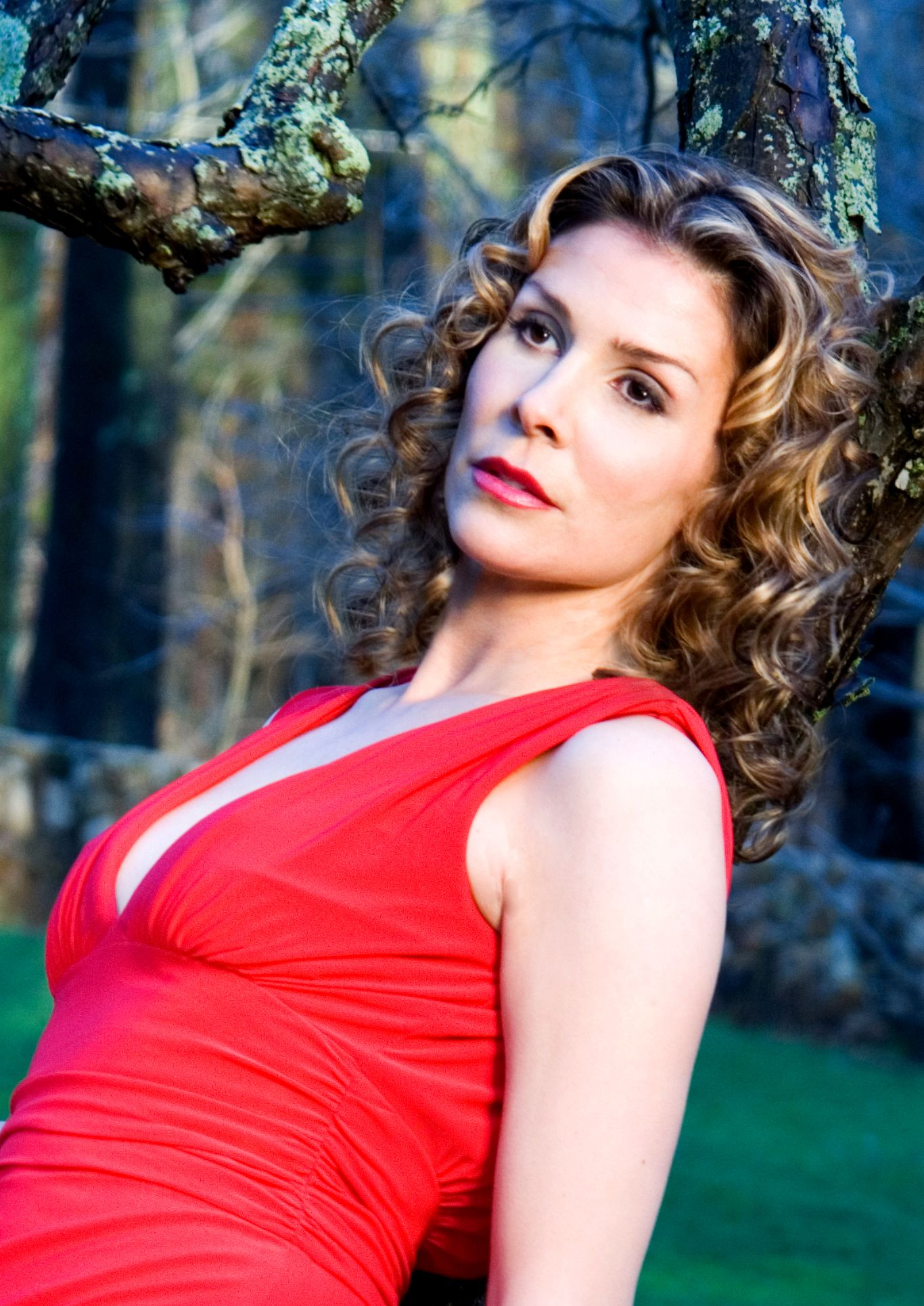 Zoe Daelman Chlanda Nude Photos 1