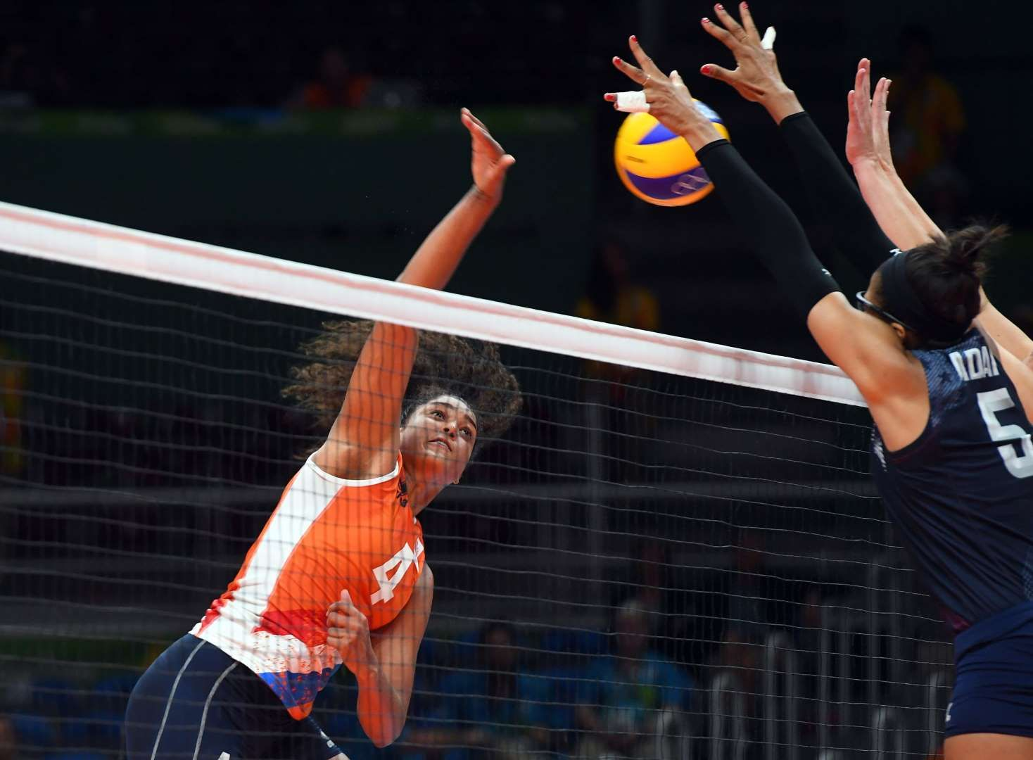 Rachel Adams Of The United States Blocks A Spike From Celeste Plak Of The Netherlands In The Women S Vol Rio Olympics Summer Olympic Games Summer Olympics 2016
