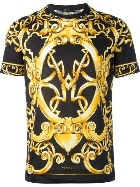 Versace Camiseta estampada. Versace Camiseta estampada Sonhos ef081eb4bc7