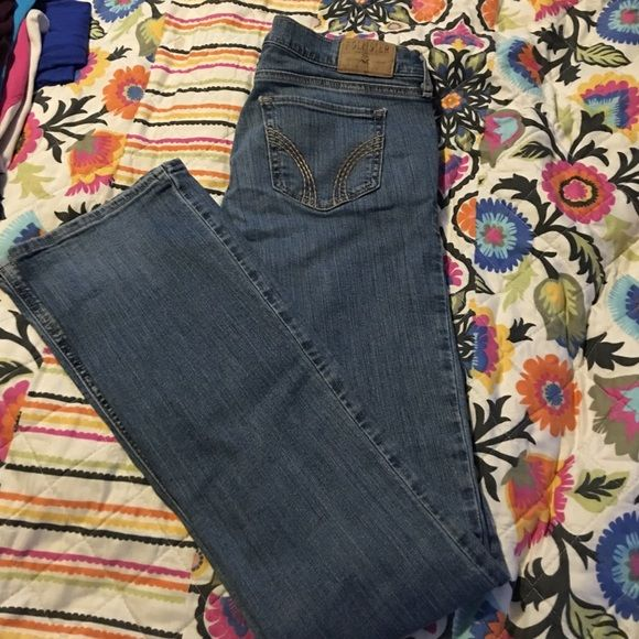 Stretch jeans Hollister stretch denim jeans. Social stretch 5L 27x35 Hollister Jeans Straight Leg