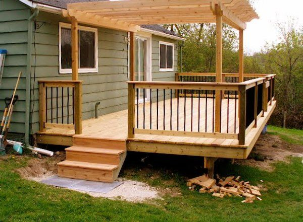 Here S A Small Deck With Pergola Deck With Pergola Building A