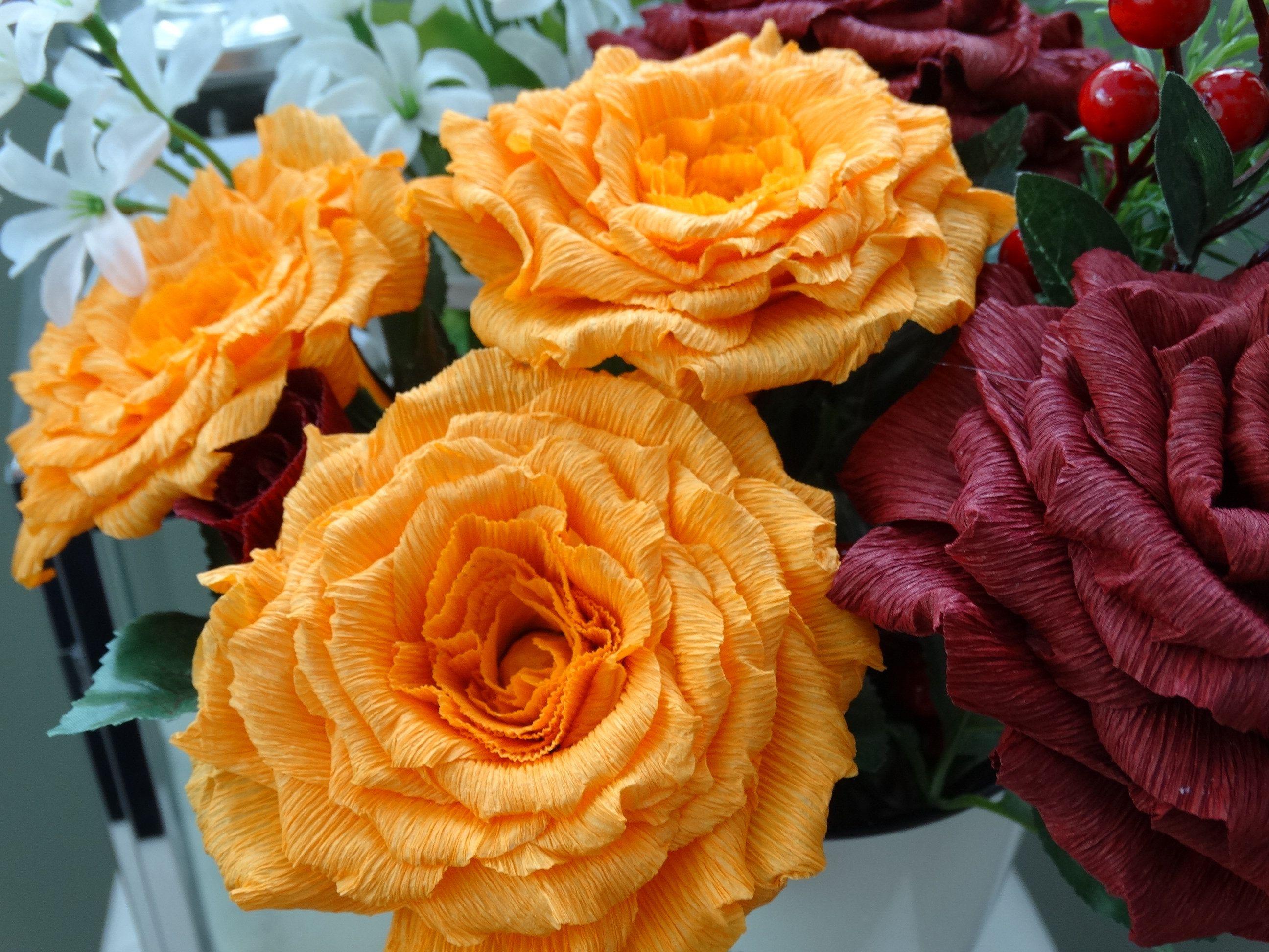 Paper rose bouquet, handmade crepe paper roses, bridal bouquet, home decor bouquet, paper flowers