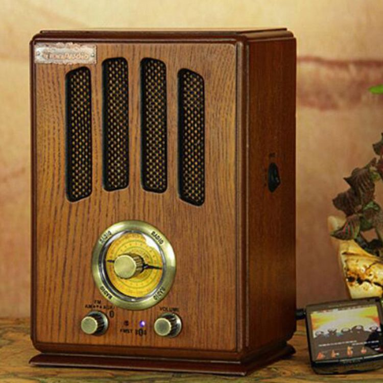 antique radio bluetooth best 2000 antique decor ideas. Black Bedroom Furniture Sets. Home Design Ideas