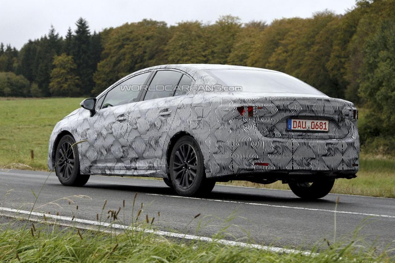 2016 toyota avensis changes review http nextcarrelease net 2016