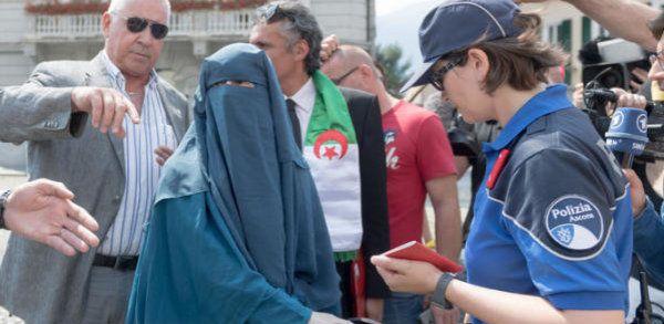 La chasse à la burqa a commencé en Suisse - Actualités ...