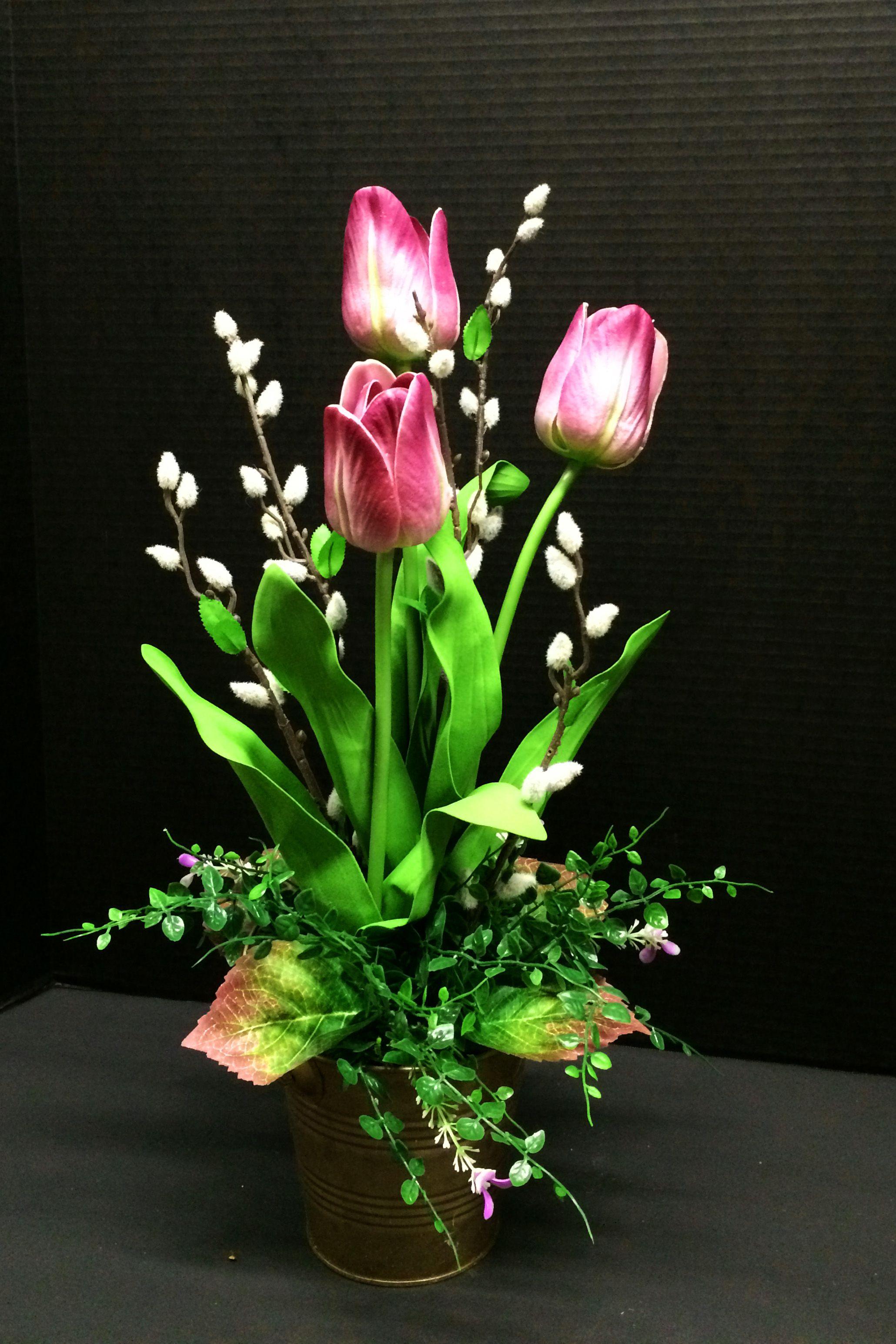 Simple 3 Tulips Table Arrangement Pinterest