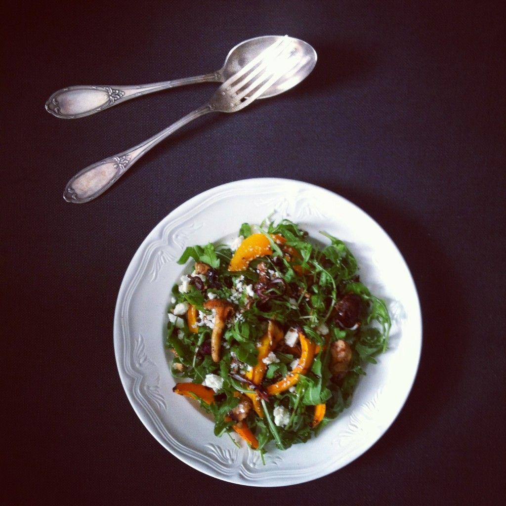 Salade van rucola, geroosterde pompoen en paddenstoelen - Kookmeisje