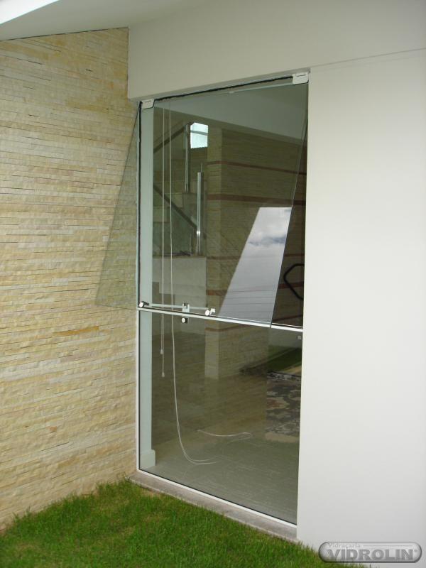 http://vidracariamangolin.tmf86.com.br/servicos/janelas