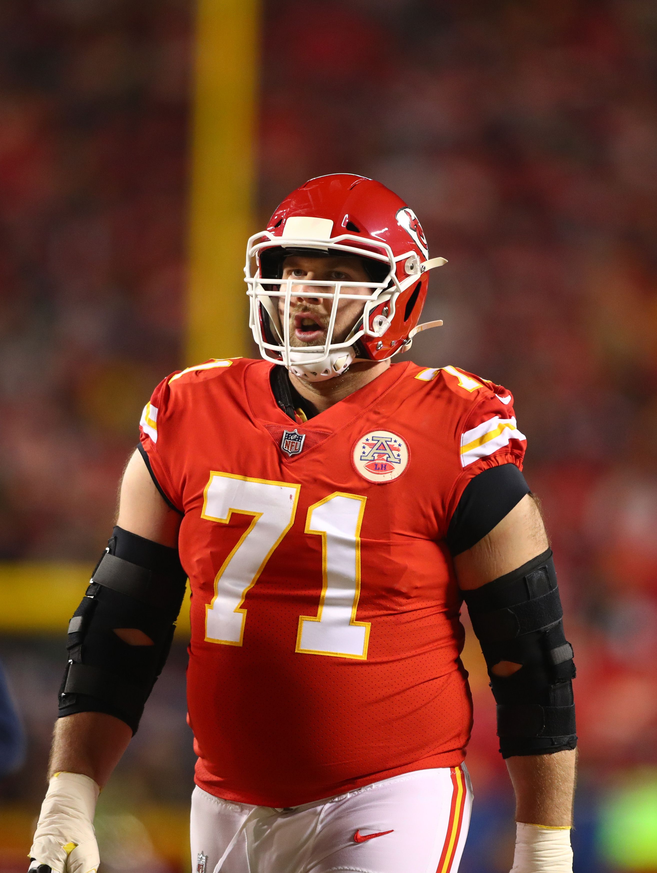 Chiefs Sign Mitchell Schwartz To Extension is the perfect