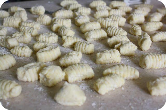 Meatless Friday Meal Recipe Linkup: No Fuss Ricotta Gnocchi   Farmish Momma