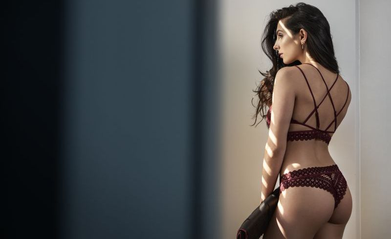 Video  Anna Nooshin for Hunkemöller event  3d0a02349