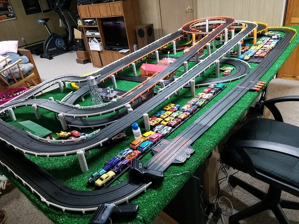 Car Toys Aurora Co: Pin By Steven Leeming On Slot Car Layouts