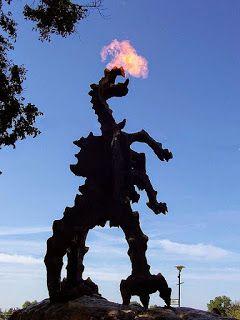 El Dragon De Wavel Dragones Cracovia Lugares Hermosos