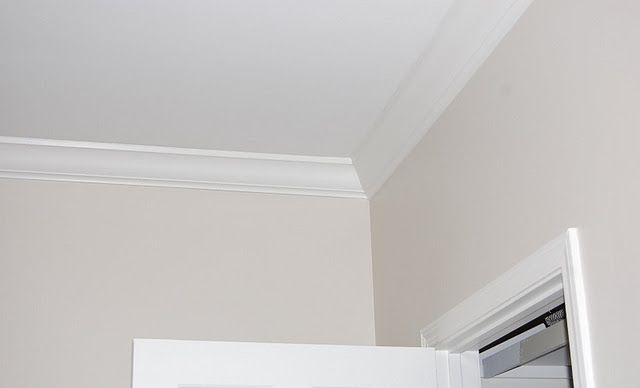 Benjamin Moore Natural Cream Like Edgecomb Grey Without The Purple Undertone