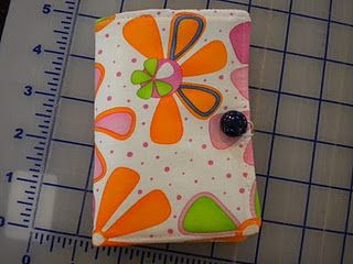 Level 2: itouch pouch http://sewtropolis.blogspot.com/2011/04/tutorial-itouch-pouch.html