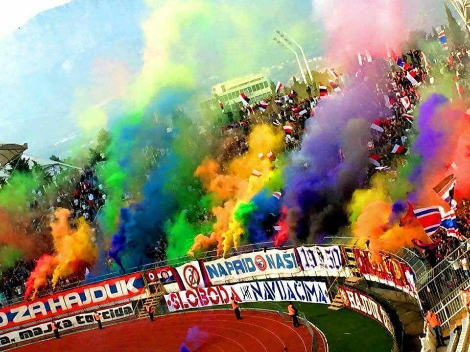 Hajduk Split X Dinamo Zagreb Torcida Split Hoje No Classico Croata Nopyronoparty Fussball