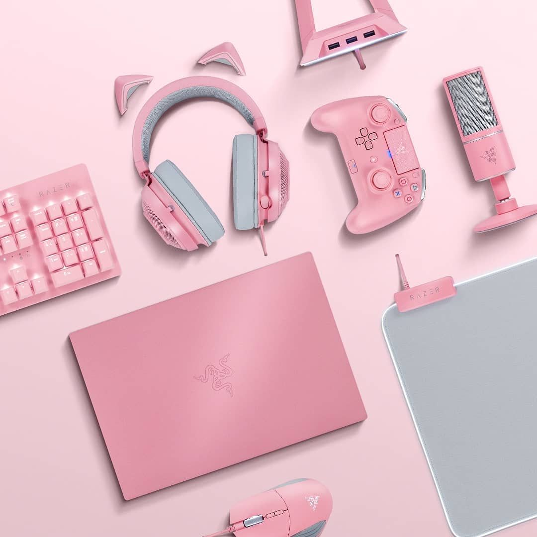 """RΛZΞR on Instagram: """"Slay in standout style. Take a bold chance with the Quartz Collection 💕 #RazerQuartz"""""""