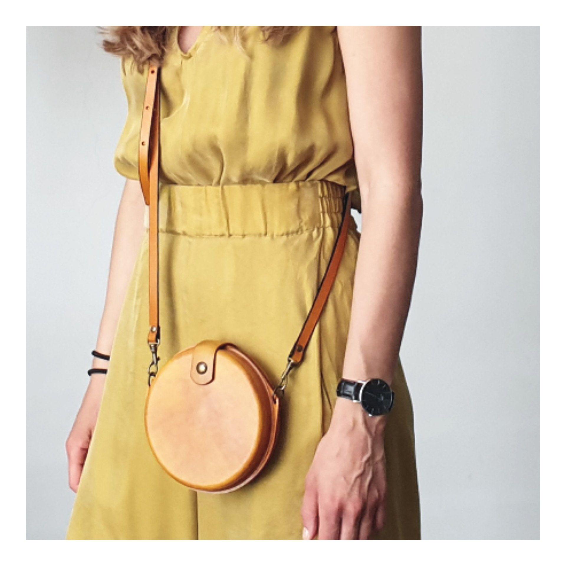 Round Leather Purse Bag Sale Crossbody Leather Bag Women Etsy Leather Bag Women Leather Purses Leather Bag