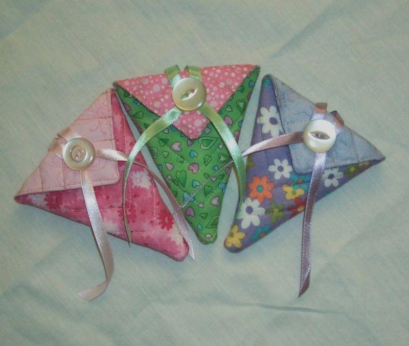 More Scissor Keeps.  Pattern from Moda Bakeshop.