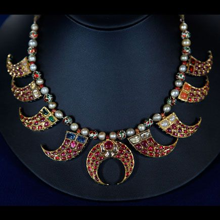 c211f32bc Mughal Indian Reversible Necklace, ca. 1900 on Antiques Roadshow. what the  appraiser missed