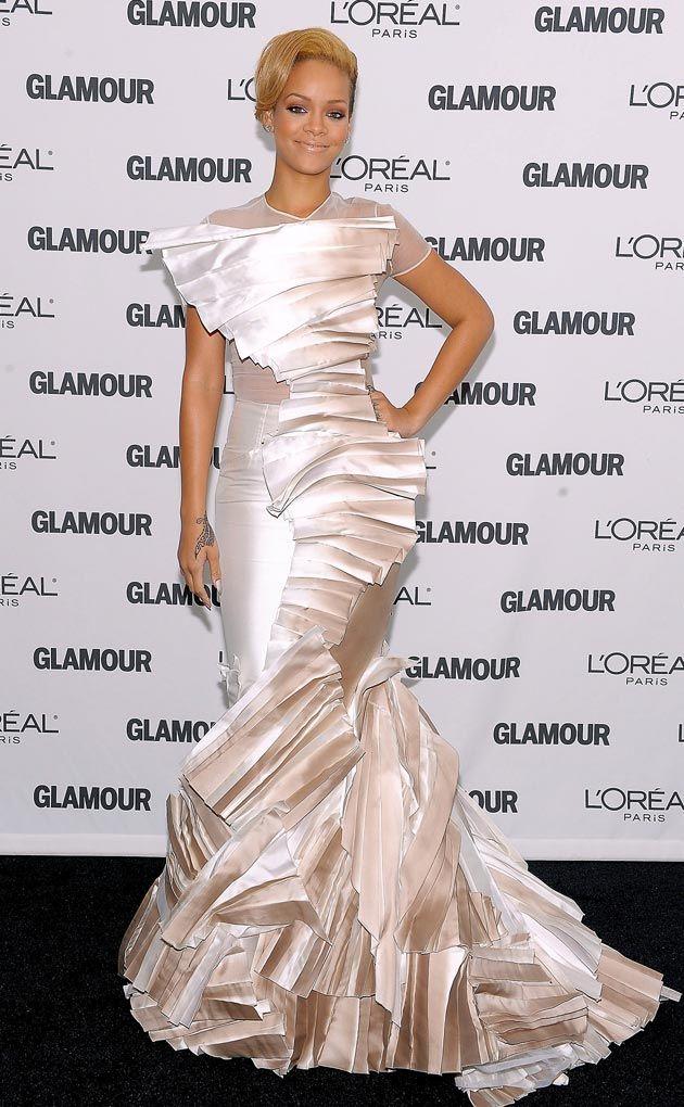 Stephane Rolland - 2009 | Rihanna, Red carpet looks ...