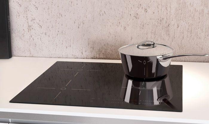Spar på energien i dit køkken. TYDLIG induktionskogeplader bruger et magnetfelt til at opvarme gryden, ikke andet, og reducerer dermed energispildet med 40%.