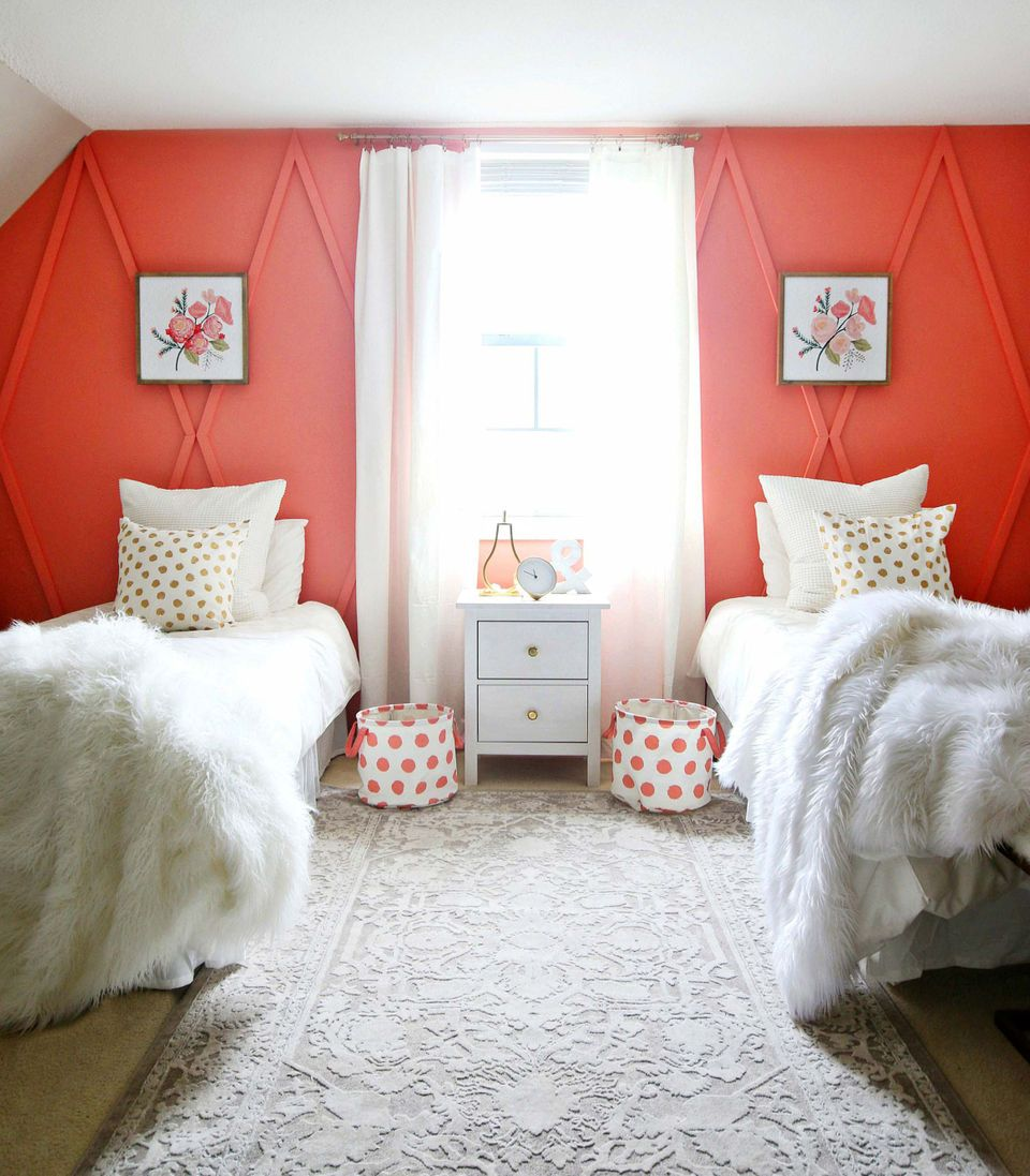 Jugendzimmer Usa Style Pantone Picks Living Coral As 2019 Color Of The Year Pantone