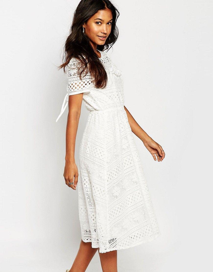 Boohoo Lace Midi Dress At Asos Com Lace Midi Dress Maxi Dress Prom Dresses [ 1110 x 870 Pixel ]