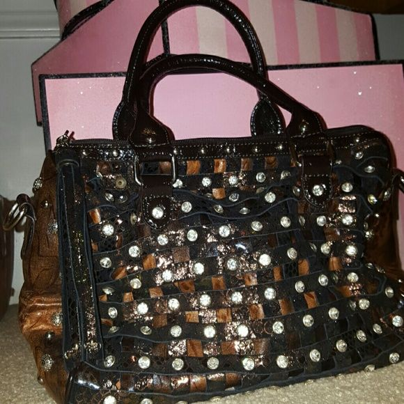 Gg Ing Bag New Without Tags This Is Stunning With So Much Detail And Characteristics Can Be Carried As A Hand Or Shoulder