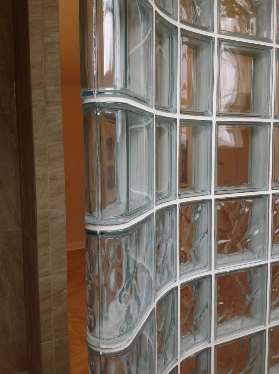 Superieur Glass Block Shower Wall With Thinner Curved Glass Blocks