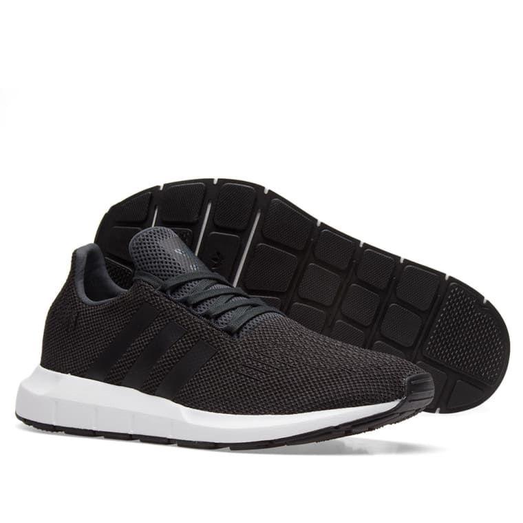 33da2553b43fa Adidas Swift Run (Carbon